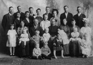 Henry VonLanken family around 1916